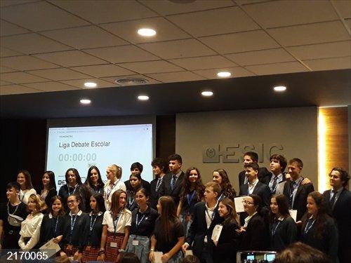 El Edelweiss School de Valencia gana la final nacional del Torneo de Debate de ESIC frente al colegio Aitana de Elche