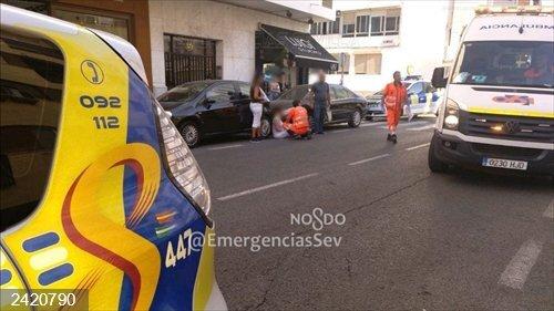 Sevilla.- Sucesos.- Una mujer resulta herida al ser atropellada por un turismo en Triana