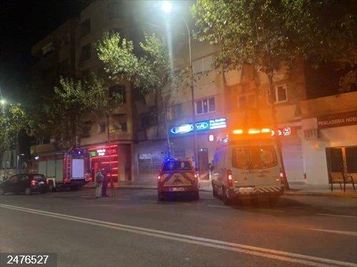 Sucesos.- Una mujer de 61 años sufre quemaduras leves en el incendio de la cocina de su vivienda en Badajoz