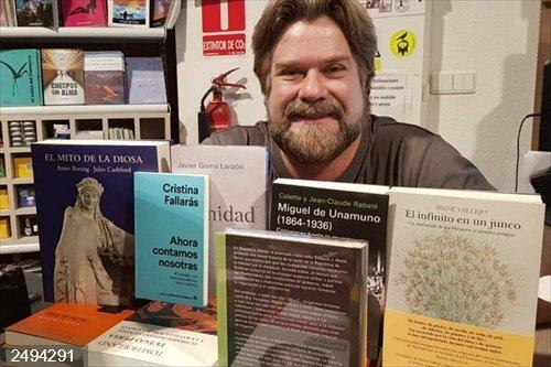 La presentación de la editorial 'La estética del fracaso' y su primer autor, Alberto Chessa, este lunes en 'Deslinde'
