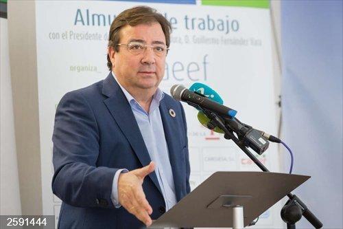 Vara reitera su compromiso con la Asociación de Empresa Familiar por su capacidad para fijar población en el territorio
