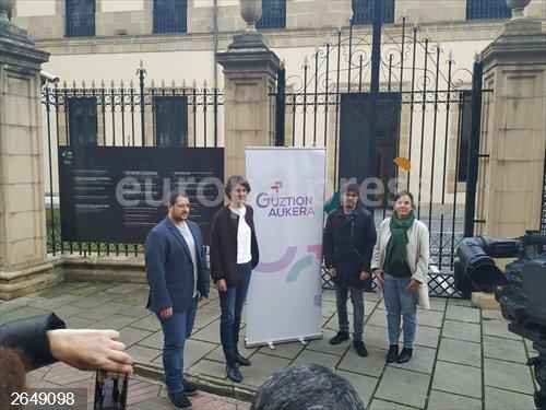 Rosa Martínez se desmarca de Gorrotxategi y rechaza pronunciarse sobre una lista unitaria de Podemos Euskadi