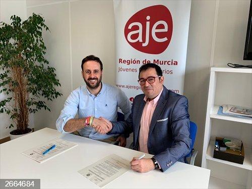 Blockchain Murcia firma un convenio con AJE Región Murcia para hacer de la Región