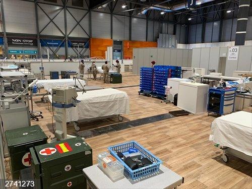 Coronavirus.- Zapadores Paracaidistas acondicionan el polideportivo de la Universidad de Alcalá como hospital de campaña