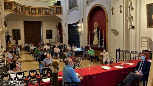 Málaga.- Coronavirus.- La Agrupación de Cofradías devolverá el importe de las sillas de Semana Santa a quienes lo pidan
