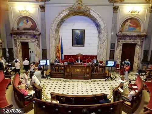 Valencia.- El pleno aprueba nuevas modificaciones de crédito por 36,2 millones, un tercio para paliar la Covid-19