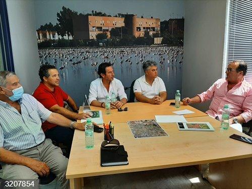 Sevilla.- UPA Sevilla se reúne con las comunidades de regantes del sector arrocero para
