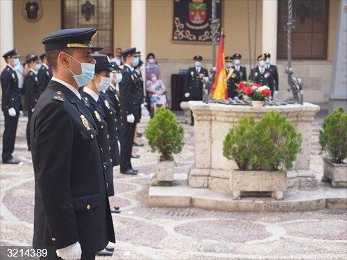 Una veintena de agentes de Policía Nacional que ha realizado prácticas en la Comisaría de Valladolid jura su cargo