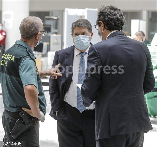 Erial.- Olivas niega comisiones por el Plan Eólico y dice que cobró 500.000€ tras un pacto con Cotino por una operación