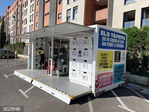 Valencia.- El Ecoparque móvil vuelve a las calles de Paterna para fomentar el reciclaje entre los vecinos