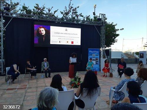 Cultura.- Altea y la AVL homenajean a la Escritora del Año 2020, Carmelina Sánchez-Cutillas