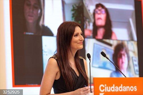 Ciudadanos exige a Puigdemont que no espere para volver a Cataluña,