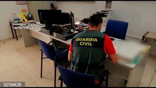 Sucesos.- Investigada una academia por vender falsos certificados de cursos formación para oposición a bombero forestal