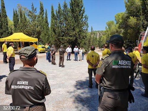 El consejero Luengo reconoce en Cehegín la labor de los agentes forestales y medioambientales