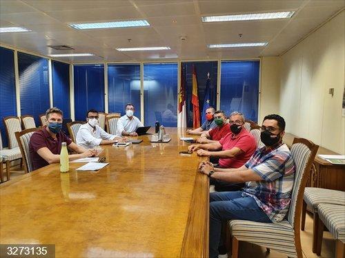 Junta, gerencia y sindicatos acuerdan constituir una mesa de trabajo que evalúe el papel de Geacam