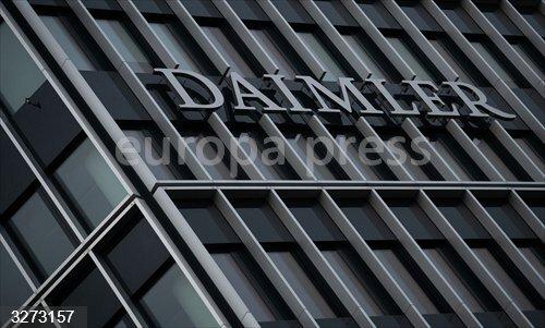 Economía/Motor.- Daimler pagará cerca de 2.000 millones en Estados Unidos por el caso de los vehículos diésel
