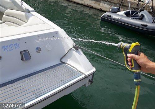 La APB lanza una campaña de concienciación de ahorro de agua en el puerto de Mahón