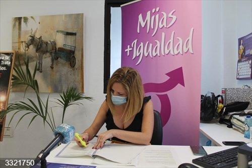 Málaga.- Mijas forma a 150 personas en atención y prevención de la violencia de género