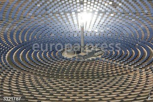 Economía.- Q-Energy compra a Sener y Masdar las tres plantas termosolares de Torresol