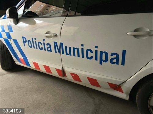 La Policía de Valladolid formula 46 denuncias y controla casi 4.000 vehículos en la campaña sobre distracciones