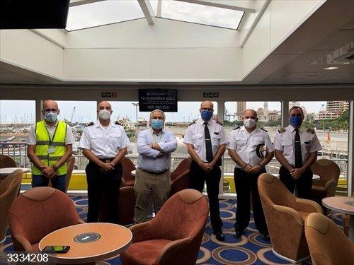 La Armada organiza un ejercicio de control de tráfico marítimo en todo el litoral español