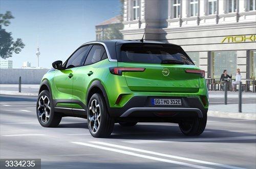 Economía/Motor.- Opel presenta el nuevo Mokka, disponible con una versión eléctrica de 324 kilómetros de autonomía