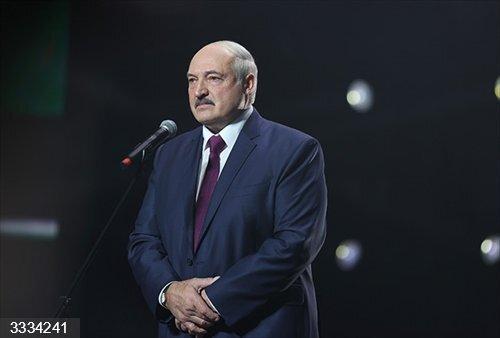 Bielorrusia.- Lukashenko toma posesión para un nuevo mandato ajeno a las protestas