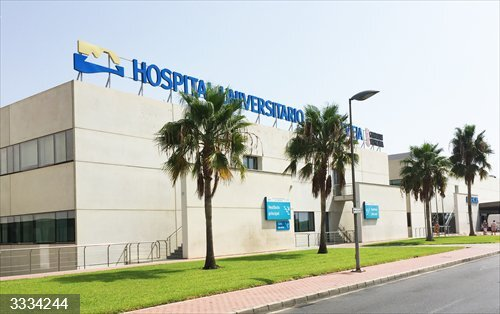 Alicante.- Ribera Salud constituye en Torrevieja el Consejo Asesor de Pacientes con representantes de asociaciones