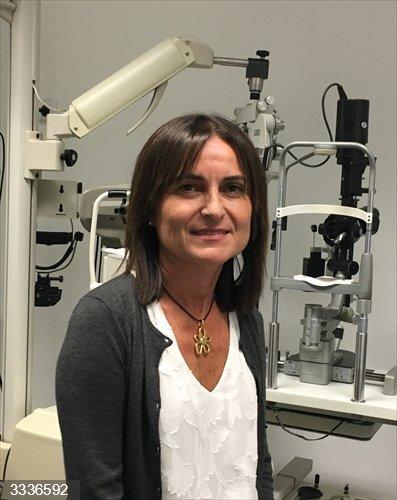 Un hospital de Vigo lidera el estudio de un tratamiento para reducir la progresión de la miopía en niños