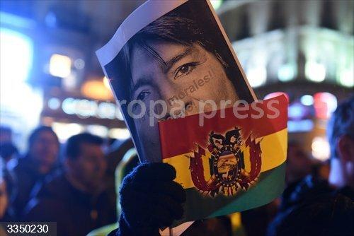 Manifestación en apoyo al expresidente Evo Morales celebrada en Madrid.<br>REMITIDA / HANDOUT por JOHN MILNER /  ZUMA PRESS /  CONTACTOPHOTO  - Only For Use In Spain<br>Fecha: 01/10/2020.                 <br>Fotografía remitida a medios de comunicación exclusivamente para ilustrar la noticia a la que hace referencia la imagen, y citando la procedencia de la imagen en la firma