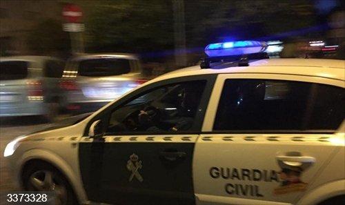 Una patrulla de la Guardia Civil<br>REMITIDA / HANDOUT por EMERGENCIAS 112<br>Fecha: 14/10/2020.                 <br>Fotografía remitida a medios de comunicación exclusivamente para ilustrar la noticia a la que hace referencia la imagen, y citando la procedencia de la imagen en la firma